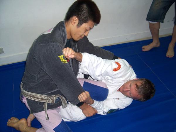 Im Training mit dem BJJ-Weltmeister