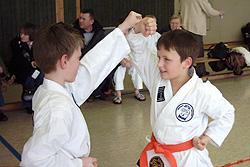 Kleine Karateka in Bünde